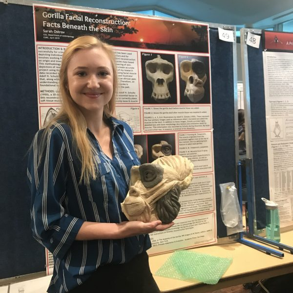 Anthropology student presenting her research project